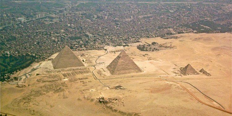 Gize Piramitleri Nasıl Yapıldı ve Gizemleri!