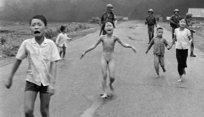 Kim Phuc: Vietnam Savaşı'nın Sembolü Napalm Kızı!