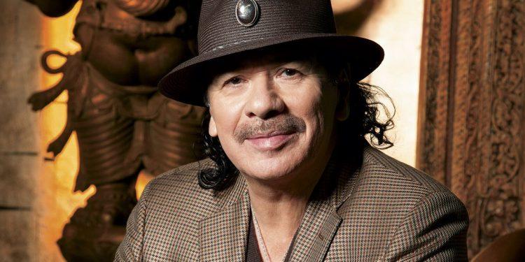 Carlos Santana: Konser İçin Geldi, Ders Verip Gitti!