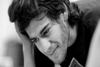 İnternet Dünyasını Kökten Değiştiren Aaron Swartz Kimdir?