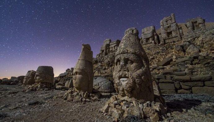 2000 Yıllık Heykelleriyle Nemrut Dağı ve Kommagene Krallığı!