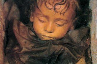 Uyuyan Güzel Lakaplı 100 Yıllık Mumya: Rosalia Lombardo!